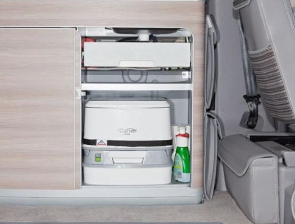VW California T6/T5 Bus Toilette PortaPotti PPQube 335 inkl. Haltegurt u. Wanne
