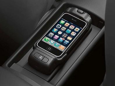 NEU Audi Original Apple i-Phone 5 Handyadapter Ladeschale iPhone 5 Bluetooth OEM