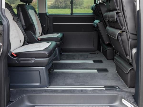 Brandrup Veloursteppiche VW T6/T5 Multivan: Fahrgastraum 2 Schiebetüren