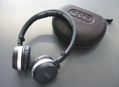 Audi Original Zubehör Bluetooth Kopfhörer 4H0051701C