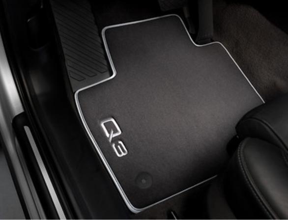 Audi Q3 Textil Fußmatten Premium vorn und hinten im Satz Audi Original Zubehör