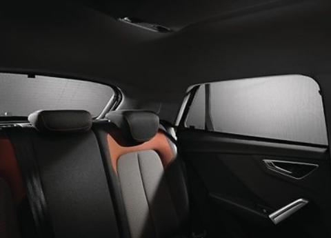 Original Audi Sonnenschutz Audi Q2, 3er-Set für Heckscheibe/ Türscheiben hinten